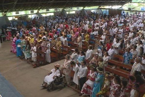 Week-end de Pâques : les fidèles sont nombreux à Maria no te hau