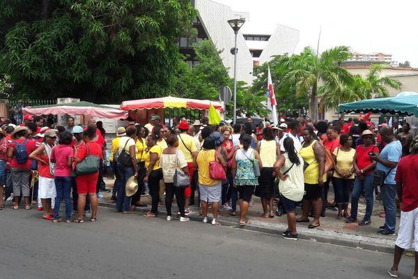 Manifestation pour emplois aidés