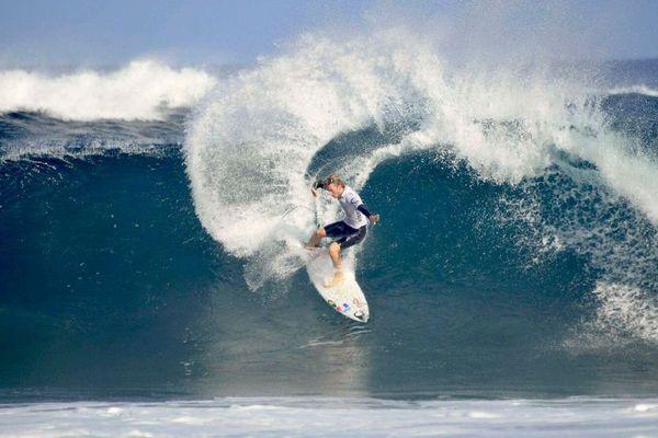 Surf : la France championne du monde junior grâce aux surfeurs ultramarins