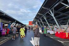 Premier marché aux halles de Dumbéa centre, samedi 17 juillet.