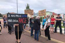 Des résidents de Saint-Pierre et Miquelon manifestent contre la non liberté vaccinale
