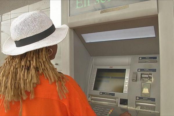 Guichet automatique banque