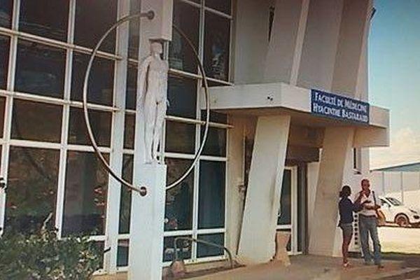 Faculté de médecine de la Guadeloupe 2