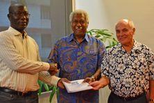 Augustin Loada a remis les rapports à Roch Wamytan et Thierry Lataste.
