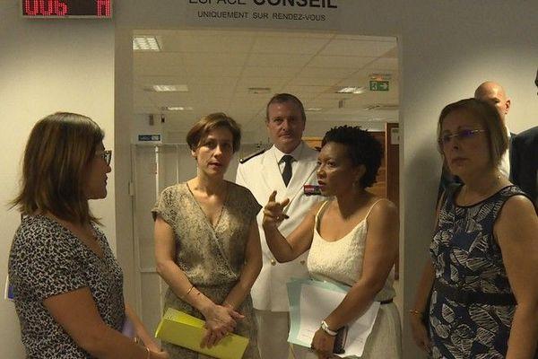 Visite secrétaire d'Etat pauvreté Christelle Dubos 300120