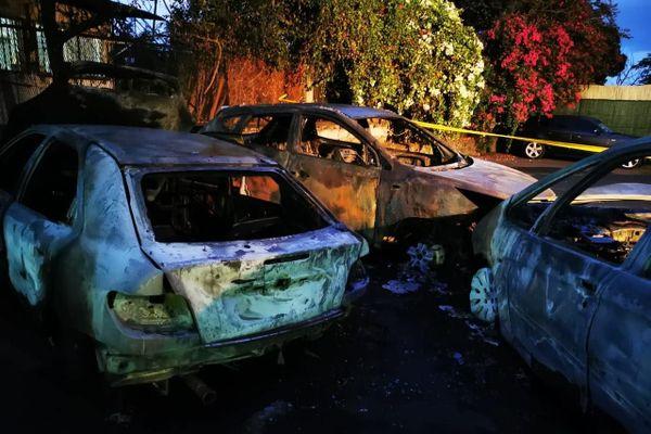 Voitures incendiées à La Palissade