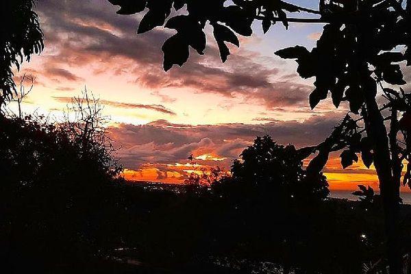 La Réunion : soleil et nuages le matin, plus humide l'après-midi