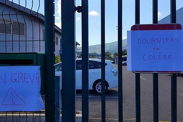 Grèves aux douanes du Port 8 mars 2019