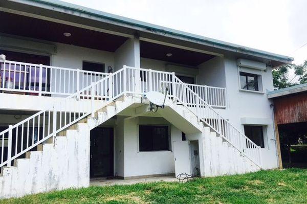 Travaux avant la rentrée 2020 dans des logements d'enseignants à Poindimié