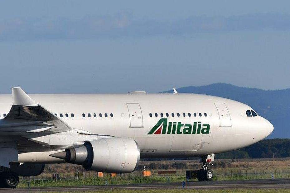 Coronavirus: un avion de la compagnie italienne Alitalia bloqué à l'île Maurice - Outre-mer la 1ère
