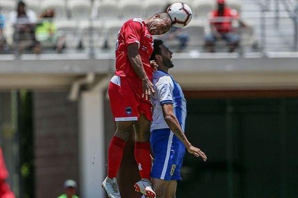 Hienghène perd d'entrée en O'League et se complique la tâche.
