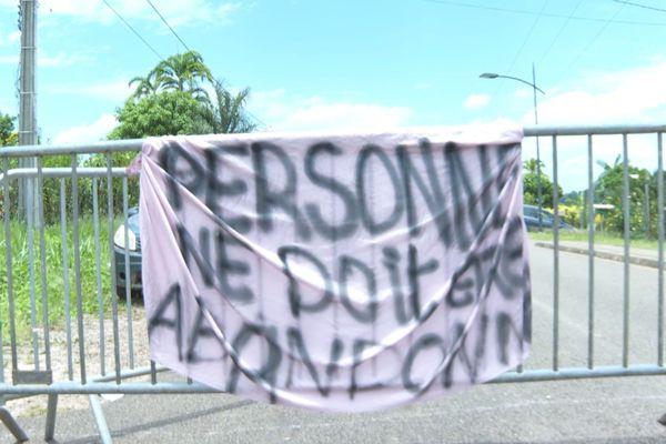 Grève à Apatou