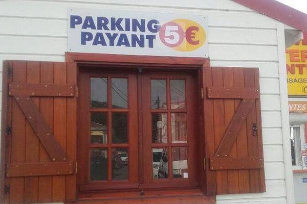 Parking embarcadère de 3 Rivières