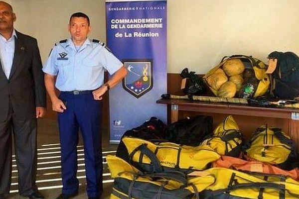 Sacs de 142 kg zamal Anse-des-Cascades