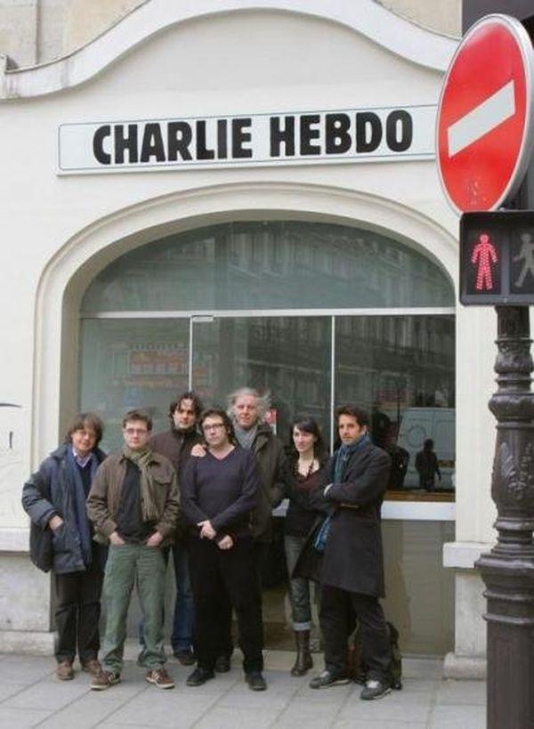 Une partie de la rédaction de Charlie-Hebdo en 2006, avec notamment, à partir de la gauche, Cabu, Charb, Riss et Tignous.