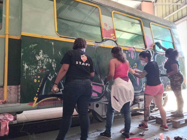 A la Grande Chaloupe, le Ti Train lontan retrouve une nouvelle jeunesse, graf wagon
