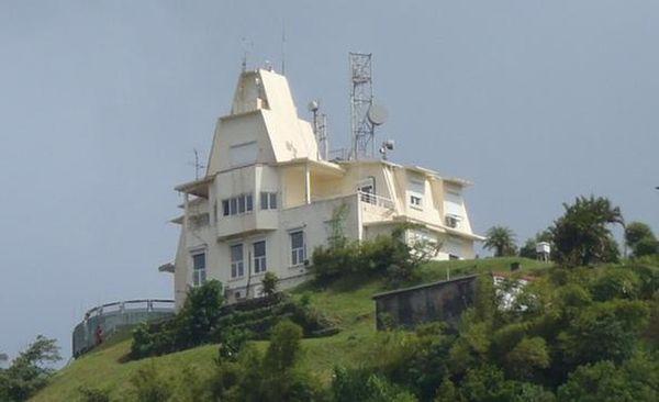 Observatoire volcanologique et sismologique de Martinique Morne des Cadets