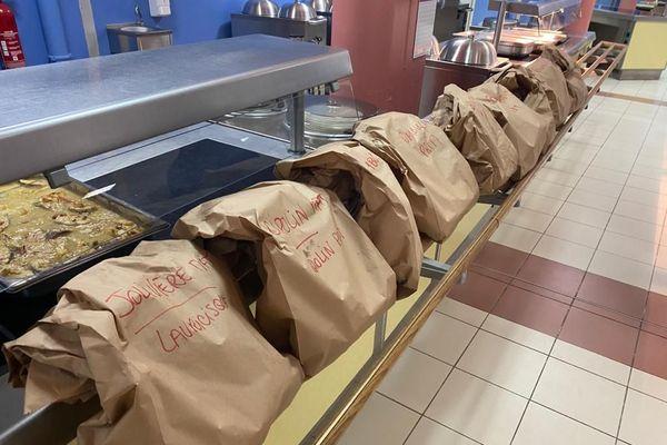 service restauration scolaire à Pointe à Pitre