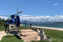 L'hélicoptère de la sécurité civile, atterri à l'îlot Maître.