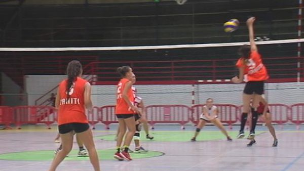 Femmes Pirae Volley ball