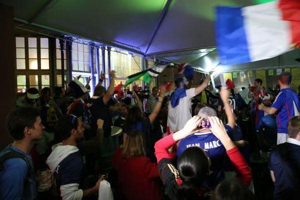 Bar drapeau Porto Alegre