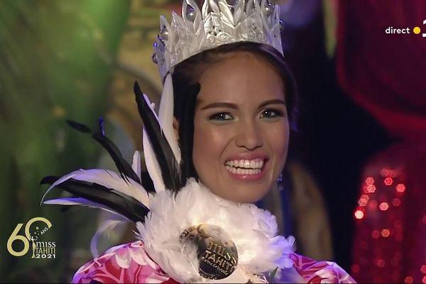 Tumateata Buisson, 24 ans, est la nouvelle Miss Tahiti 2021