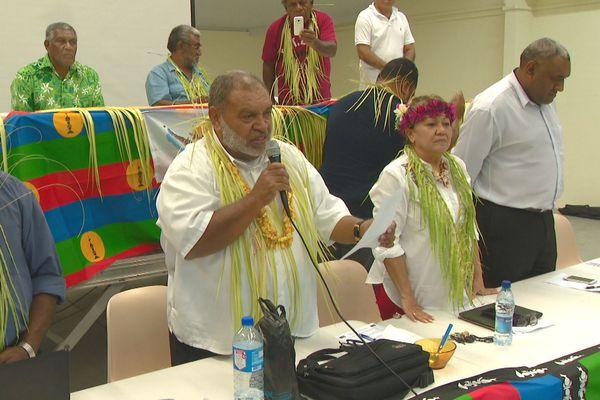 """Parti travailliste, congrès extraordinaire du 14 juillet à Nouméa: le """"non"""" au référendum."""