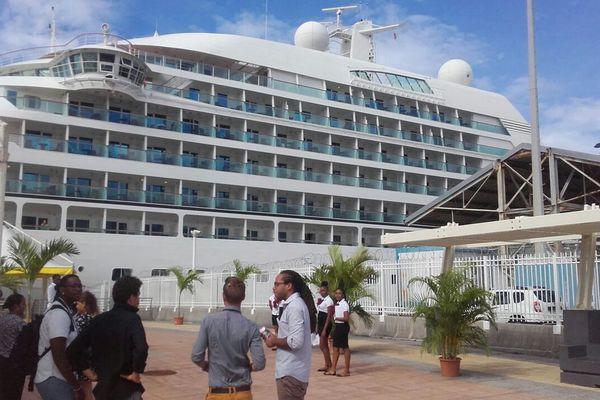 Seabourn Odyssey, croisière Basse-Terre