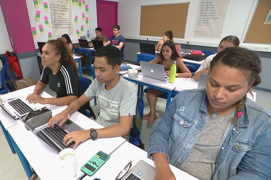 Les étudiants en alternance peinent à trouver des entreprises - Nouvelle-Calédonie la 1ère