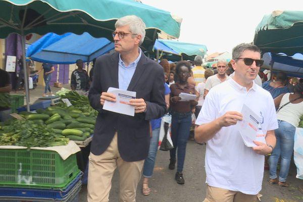 Préfet au marché de Cayenne
