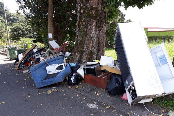 dépôt sauvage d'ordures