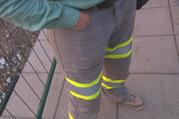 Vale NC salariés, pantalon de travail