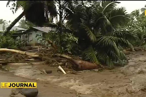 Inondations : la côte Est sous les eaux