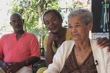 La famille Carmaly se retrouve aujourd'hui presque au complet, après avoir été séparée à la fin des années 1960