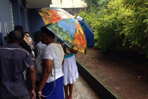 Ouverture des 808 bureaux de vote