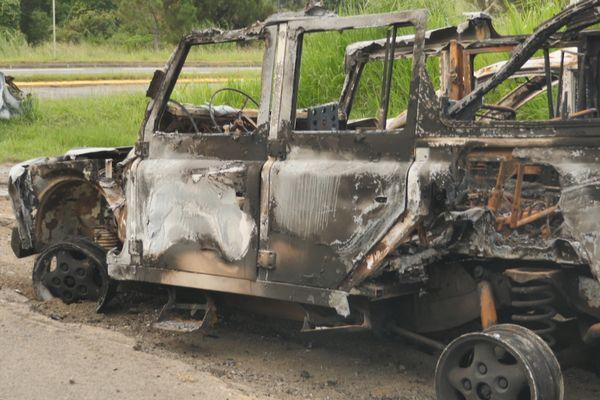 Land Rover brûlée, traversée de Saint-Louis, janvier 2021