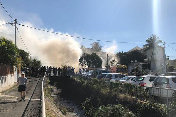 Incendie quartier de La Source à Saint-Denis 20190806-04