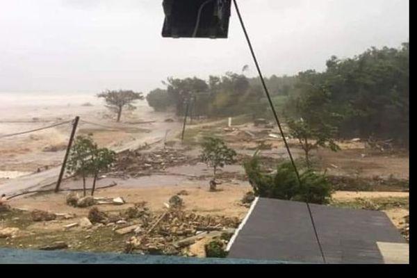 le cyclone Harold touche les Tonga