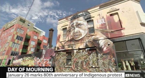 Australia Day: Yarra rend hommage au jour du deuil, fresque enfant aborigène