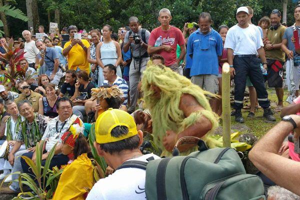Danses à Puamau - Festival des arts des îles Marquises