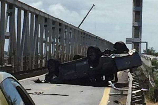 Accident du 4x4 sur le pont de la Rivière-des-Galets