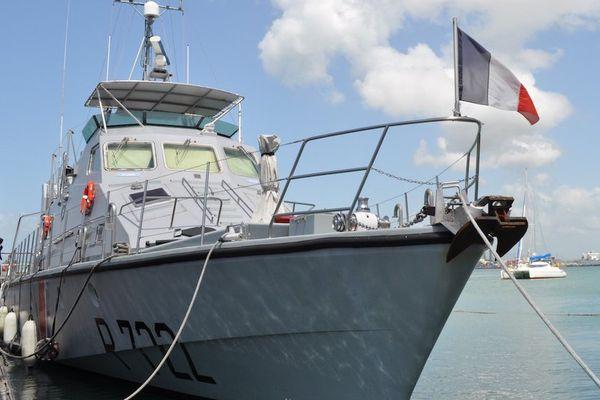 """Un nouveau capitaine pour le """"La Violette"""", un navire militaire indispensable dans la lutte contre la drogue en Guadeloupe"""
