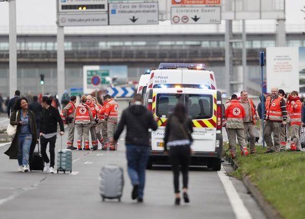 Evacuation Orly
