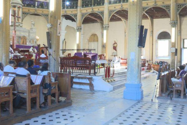 Eglise de Saint Pierre et Saint Paul lors de l'entrée en Carême