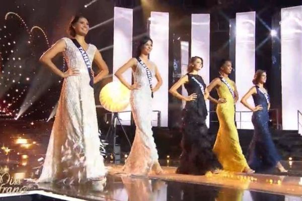 Vaimiti Teiefitu, Miss Tahiti 2015 décroche le titre de 2ème dauphine de Miss France 2016