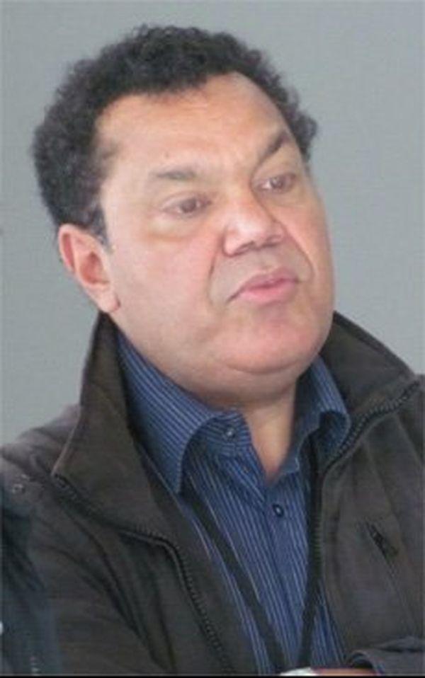 Emmanuel Kasarhéou, nc