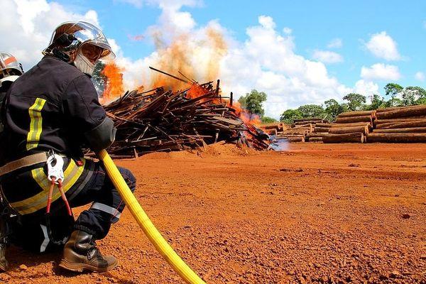 Bombeiros et pompiers vont plus coopérer