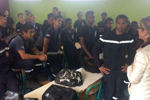 Mouvement d'humeur des élèves métiers de la sécurité au lycée Attiti, 19 juillet 2018