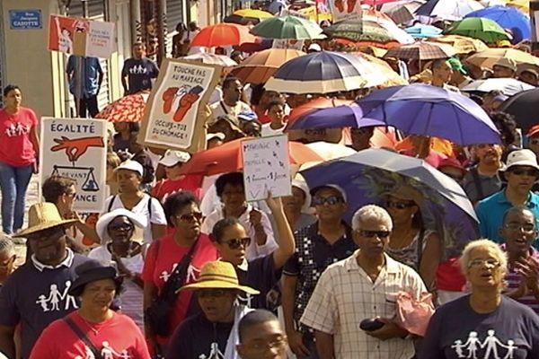 Manifestation anti mariage homo