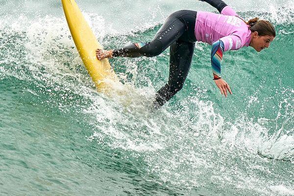 Cannelle Bulard surf